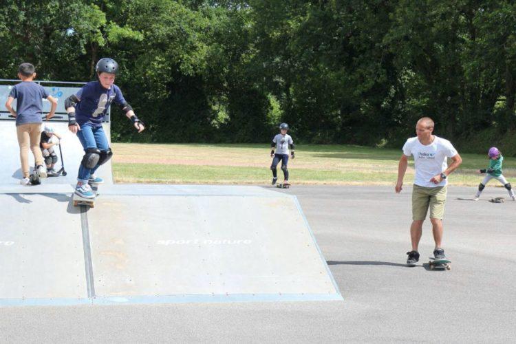 Cours de Skate à Pluvigner, dans le Pays d'Auray dans le Morbihan (56)